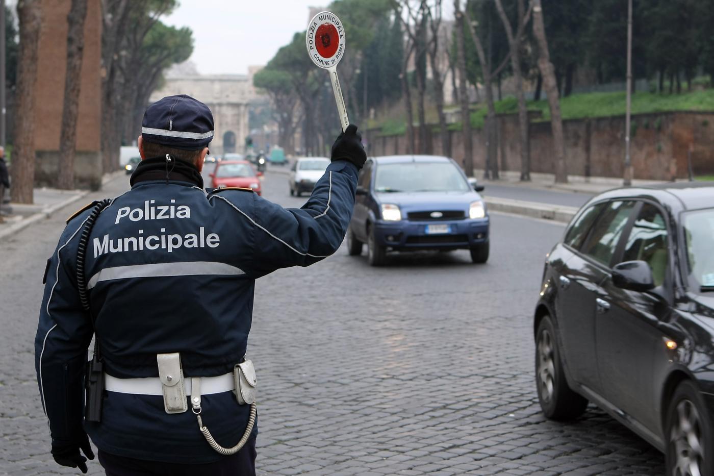 Scadenze: entro fine maggio i Comuni devono segnalare i proventi delle sanzioni del Codice della strada